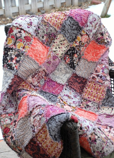 Large Romance Throw Quilt