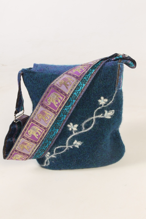 Trailing Flowers Wool Messenger Bag